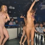 トルコのイスタンブールの人気クラブがフルヌードで凄すぎる