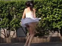 踊ってみたパンチラgif2 src=