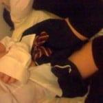 黒ニーソ穿いた乱れたブレザー制服から全裸になる自画撮りのエロ写メ