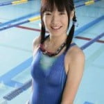 ぴったりシルエットがエロ過ぎる競泳水着を着た女の子画像