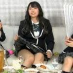 SKE48のニコ生放送で制服スカートまくれてパンツが見えまくる