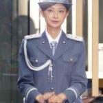 元Berryz工房の熊井友理奈が一日署長で制服パンストパンチラ