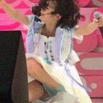 AKB48横山結衣18歳がライブ中にがっつり見せパンからハミパン